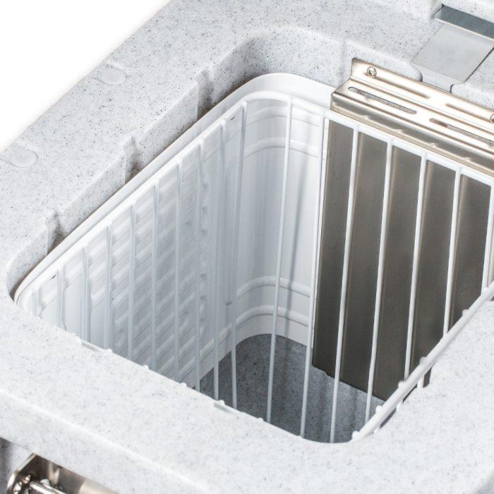 Contenitore refrigerato piccolo da 32 litri, dettaglio interno
